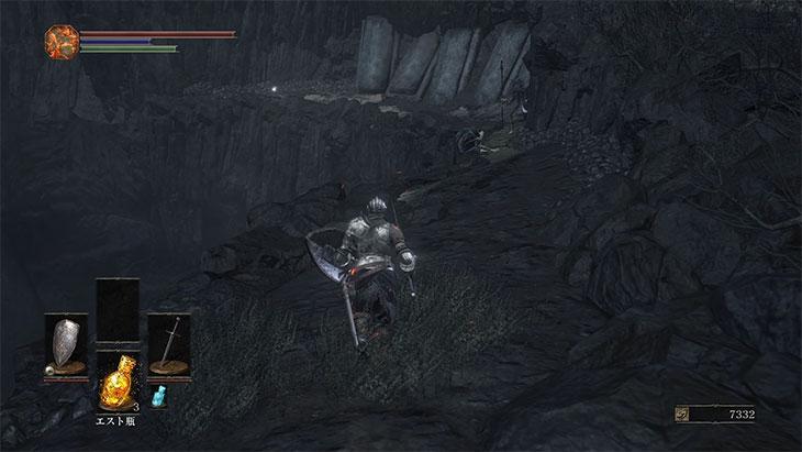 DarkSouls3の火継ぎの祭祀場の崖の道